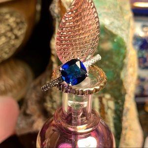 🌹NWT Deep blue quartz  & Czech chip pave ring